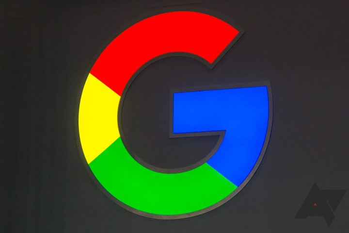 Google Search on desktop now shows site favicons, mimicking mobile searches